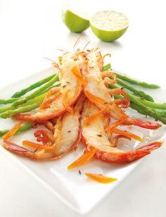 Recette de Crevettes rouges d'Argentine Pescanova fendues en deux à la mangue confite et aux asperges vertes...