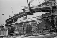 V roku 1981 mali na moste preinvestovať 240 miliónov korún Bratislava, Utility Pole, Fair Grounds, Travel, Viajes, Destinations, Traveling, Trips
