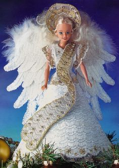 Plastic Canvas Crafts | Pattern for Barbie Angel Tree Topper , plus 62 other Christmas ...