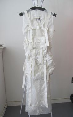 "tuukka13: ""Junya Watanabe Spring Summer 2003 Parachute Dress Backpack. "" Quirky Fashion, Timeless Fashion, Daily Fashion, Parachute Dress, Deconstruction Fashion, Straight Jacket, Junya Watanabe, Comme Des Garcons, Margiela"