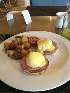 Eggs Benedict at Terrazzos Ritz Carlton Feb 2014