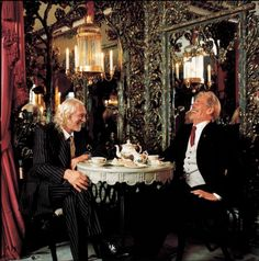 I've always loved Peter O'Toole and Richard Harris (who's sadly no longer with us). This picture of the two old friends having lunch at The Dorchester in 1995 by Lord Snowdon is wonderful. Great to see two of the original sixties hellraisers having fun together.