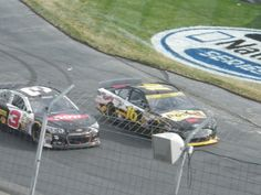 Biffle and Dillon race off pit road #aaa400