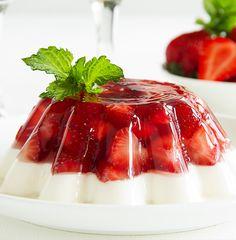 1000 images about strawberry stuff on pinterest - Gelatina leche condensada ...