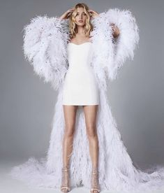 Elsa Hosk showcasing our key piece from the newest bridal collection. Haute Couture Dresses, Couture Fashion, Runway Fashion, Fashion Show, Fashion Outfits, Fashion Design, Elsa Hosk, Pretty Dresses, Beautiful Dresses