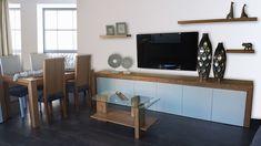Salón de madera Flat Screen, Solid Wood, Wood Living Rooms, Custom Furniture, Dorm Rooms, Colors, Blood Plasma