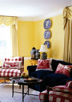 New living room country red yellow walls 35 Ideas French Country Furniture, French Country Living Room, French Country Bedrooms, French Country Decorating, Country French, French Decor, Living Room Red, Living Room Chairs, Living Room Decor
