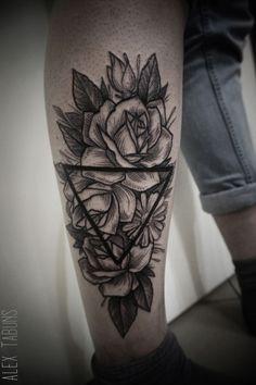 rose tattoo geometric - Szukaj w Google