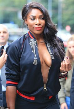 Serena Williams serves sexy as she shows off epic cleavage in braless display Serena Williams Photos, Venus And Serena Williams, Tennis Players Female, Beautiful Black Women, Sports Women, Sexy Outfits, Black Girls, Sexy Women, Anna Wintour