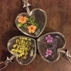 REAL dried flowers in resin heart necklace by thecuriositycorneruk