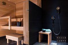 kylpyhuone,sauna,musta,tumma,puu