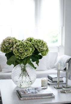 coffee table decor styling: