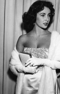 """""""She was making a lot of money and had people catering to her, but she couldn't just be a kid. That's why she as always a bit of a kid later in life. She just wanted to enjoy herself and be free."""" Debbi Reynolds on Elizabeth Taylor"""