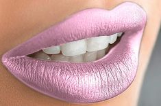 Metallic Matte Lipstick, Makeup Lipstick, Contouring Makeup, Lipstick Shades, Kylie Jenner Lipstick, Lips Photo, Waterproof Lipstick, Nice Lips, Brown Makeup