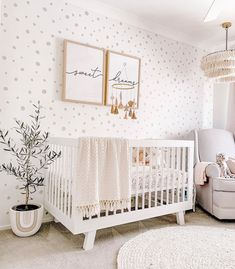 Interested in creating a statement wall in your little's nursery? Check out these trendy nursery wallpaper ideas to transform your space. Baby Nursery Decor, Baby Decor, White Nursery, Baby Girl Nursery Wallpaper, Nursery Crib, Baby Bedroom, Wallpaper For Girls Bedroom, Nursery Room Ideas, Crib Wall