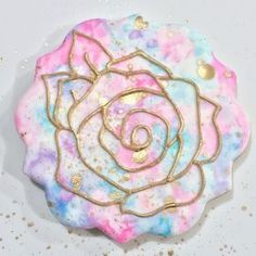 When we first saw this cookie, we couldn't stop staring. Its watercolor design is amazing. Naturally, we asked the creator,...
