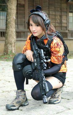Girls with Guns ❤