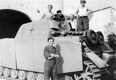 Sturmpanzer IV ,15 cm StuH 43-1 L 12   WW2 tanks   Flickr