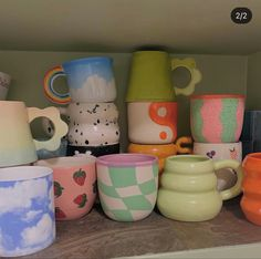 Ceramic Pottery, Pottery Art, Ceramic Art, Diy Clay, Clay Crafts, Keramik Design, Clay Art Projects, Aesthetic Room Decor, Home Decor Accessories