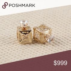 Hollow Earrings Hot Brand Hollow Flower Fashion Shiny Square Double Side Ear Stud! Jewelry Earrings