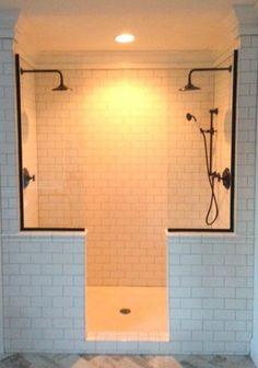Doorless shower! Subway tile! Floor! Love!