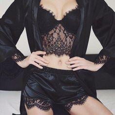 Black silk and lace lingerie Lingerie Xxl, Jolie Lingerie, Pretty Lingerie, Beautiful Lingerie, Lingerie Sleepwear, Nightwear, Women Lingerie, Black Lingerie, Fashion Design Inspiration