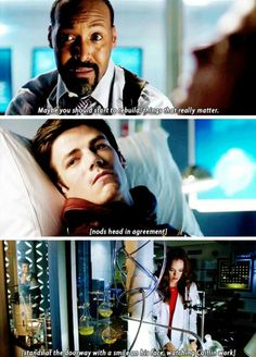 """Maybe it's time to rebuild things that REALLY matter"" - The Flash 2x01 - Snowbarry - Barry and Caitlin season 2"