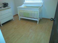 El piso laminado es una alternativa al piso de madera asimilándose enormemente a esta pero con las ventajas que no requiere mantenimiento alguno y es mucho más resistente. Solicité su presupuesto a los Tel 2613372 y el Cel 66218105452 estamos a sus órdenes.