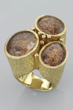 Such a beautiful ring by Grima Jewellery! Its like the ring has a world within…