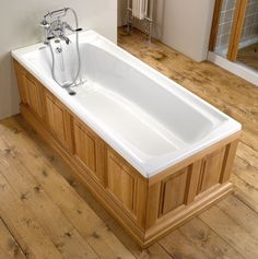 The Imperial Bathroom Company Westminster Bath Refurbished - Excellent Conditon Wooden Bath Panel, Wooden Bathroom, Bathroom Furniture, Bathroom Ideas, Shower Taps, Shower Enclosure, Imperial Bathrooms, Cast Iron Bath