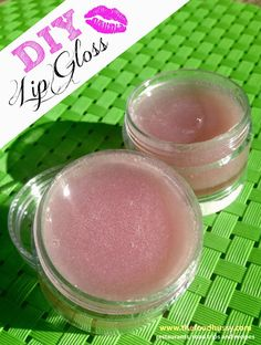 DIY Kool Aid Lip Gloss - 3 ingredients and 10 minutes is all it takes!