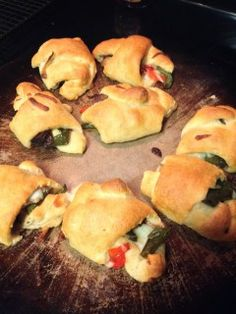 French Bread Loaf, Pillsbury Dough, Crescent Recipes, Beef Roll, Fried Pies, Crescent Rolls, Roast Beef, Recipe Collection, Crescents