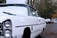 love this cool old car with the dusting of snow from lilahbility.