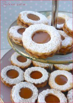 Biscuits sablés fourrés au caramel au beurre salé: