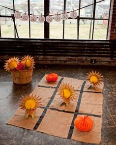 Give Tic Tac Toe a Thanksgiving twist by using turkeys and pumpkins as game markers. The kids will be occupied with this fun game while you finish your Thanksgiving feast. Then after dinner, the adults get to play!