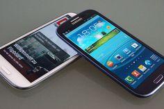 Samsung Galaxy S3 bei Base für nur 333€ - http://www.mrmad.de/samsung-galaxy-s3-bei-base-fur-nur-333e-0905  Seit dieser Woche bietet Base das Galaxy S3 zum Schnäppchenpreis von 333€ an. Es kann wahlweise auch ohne Vertrag bestellt werden, wodurch Base der günstigste Anbieter überhaupt wäre. Leider kommt es derzeit zu Schwierigkeiten On- und Offline.
