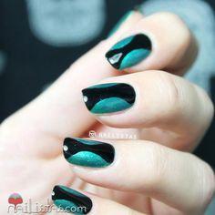 Nail art bicolor   negro y verde   Cuidar de tu belleza es facilisimo.com