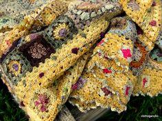 ~ Living a Beautiful Life ~ Art Au Crochet, Plaid Crochet, Love Crochet, Crochet Motif, Knit Crochet, Crochet Blocks, Afghan Crochet Patterns, Crochet Squares, Knitted Blankets
