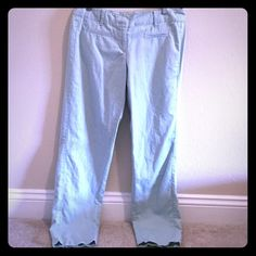 Pretty mint green LOFT Capri pants. Cute mint green capris from LOFT - perfect for work or play! Good condition, like new - just need to be ironed. LOFT Pants Capris