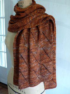 Hypoteneuse Stolescarf from Knitspot