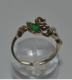 Beautiful 18K white gold Ring with 1 emerald 0.27ct & 5 diamonds  0.08ct gemstones. Size: 7.25 Weight: 4.1gr. New condition. Handmade jewelry. The Ring comes in gift box.