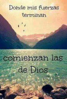 Todo lo puedo en Cristo que me fortalece. Filipenses (I can do all things in Christ who strengthens me. Faith Quotes, Bible Quotes, Bible Verses, Me Quotes, Wisdom Quotes, Qoutes, God Loves You, Jesus Loves, Simpsons Frases