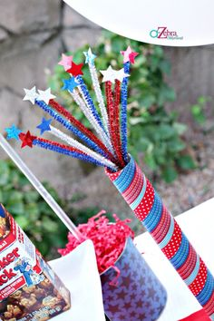 Last Minute 4th of July Party | A to Zebra Celebrationshttp://atozebracelebrations.com/2013/07/last-minute-4th-of-july-party.html