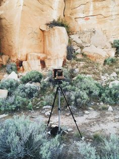 Old school camera, what a freaking awesome nostalgic feeling. Santa Fe Trail, Chasing Dreams, Earth Color, Freaking Awesome, Photography Business, Belle Photo, Senior Portraits, Telescope, Amazing Art