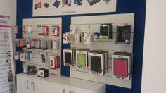 Vendiamo Accessori Smartphone e Tablet, come Cover, Pellicole, Cavo dati, power bank e molto altro