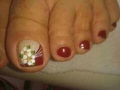 Uñas modernas Pedicure Designs, Toe Nail Designs, Cute Pedicures, Manicure And Pedicure, Pretty Toe Nails, Painted Toes, Flower Nail Art, Toe Nail Art, Fabulous Nails