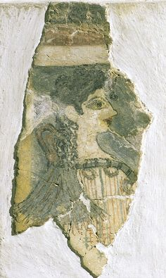 Minoan woman or goddess (La Parisienne), from the palace at Knossos (Crete), Greece