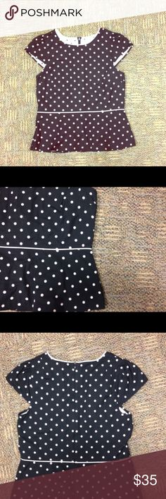 Ann Taylor polka dot peplum top Perfect under blazer or on its own. Peplum style blazer from Ann Taylor. Ann Taylor Tops