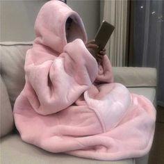 Hoodie Soft and Warm Blanket Hooded Robe Spa Bathrobe Sweatshirt Fleece Pullove. Plush Blanket Hoodie Soft and Warm Blanket Hooded Robe Spa Bathrobe Sweatshirt Fleece Pullover Blanket Set Fashion, Fashion Outfits, Punk Fashion, Lolita Fashion, Fashion Beauty, Pink Aesthetic, Aesthetic Clothes, Mode Kawaii, Pink Blanket