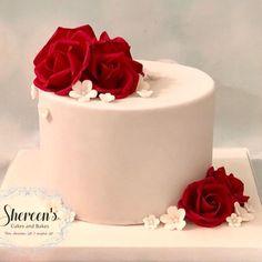 40th Anniversary Cakes, Anniversary Cake Designs, Ruby Anniversary, Fondant Rose, Fondant Cakes, Fondant Baby, 3d Cakes, Fondant Flowers, Fondant Figures